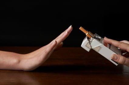 """A Catania si è detto: """"STOP!"""" LIAF presenta il programma per dire basta alle sigarette tradizionali"""
