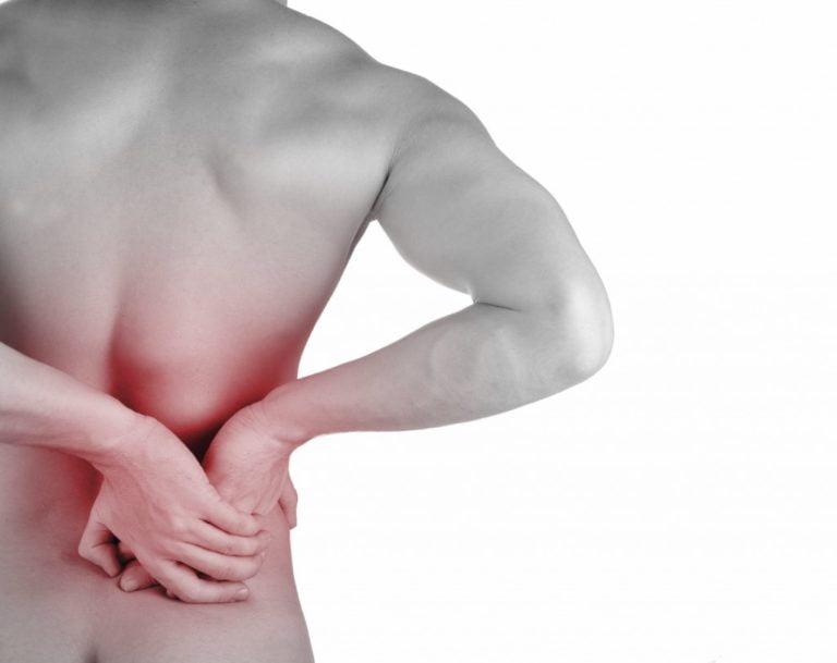 Mal di schiena? Smetti di fumare e il dolore diminuisce
