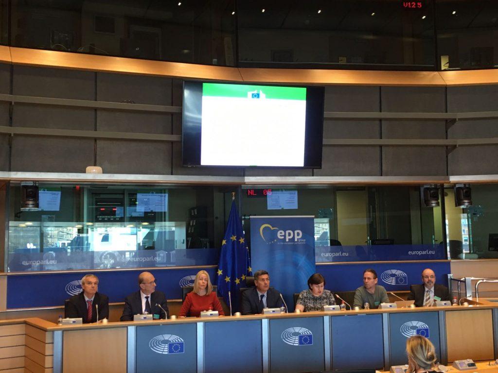 Esperti al parlamento europeo serve un contesto for Rassegna stampa parlamento
